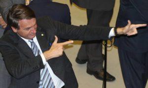 Bolsonaro é líder em número de interações no Facebook