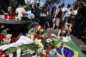 Número de mortos nos atentados da Catalunha sobe para 14