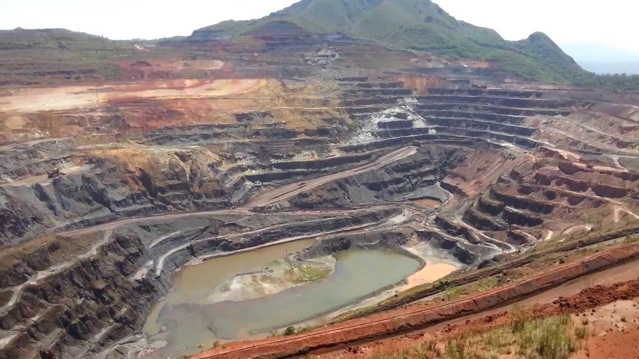 Mineradoras contratam trabalhadores em Santa Bárbara