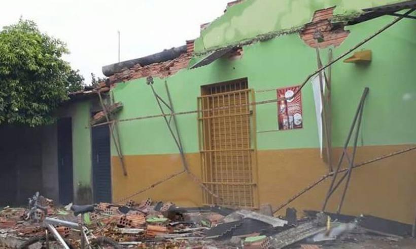Temporal causa pânico em Pirapora, no Norte de Minas
