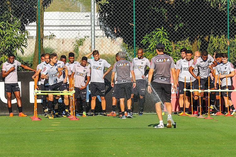 Contra adversário desesperado, Galo tenta voltar ao caminho das vitórias no Brasileiro