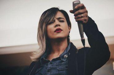 """Daniela Araújo pede oração e diz que a """"cura começou"""""""
