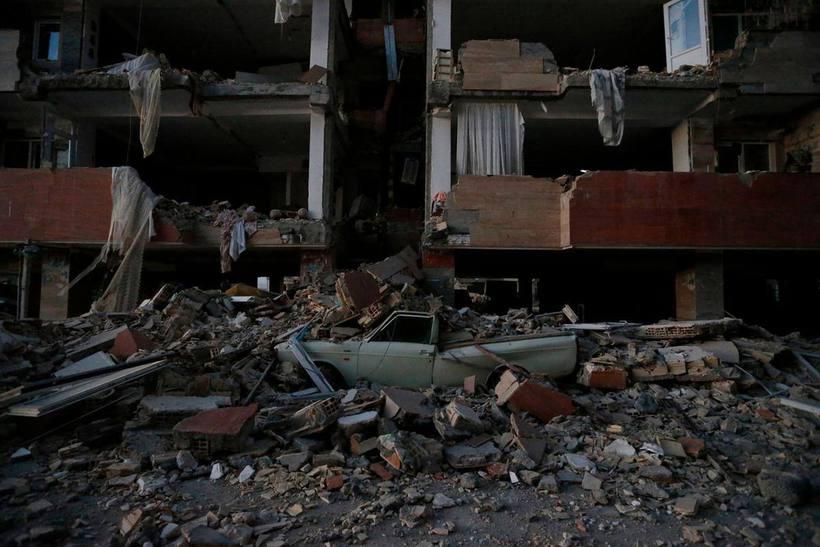 Terremoto deixa ao menos 328 mortos na fronteira entre Irã e Iraque