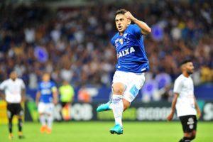 Na reestreia de Fred, Cruzeiro joga bem diante de grande público no Mineirão e vence o Tupi pela abertura do Estadual