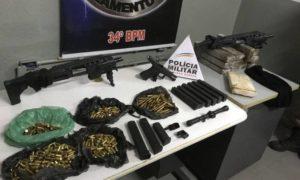 PM encontra submetralhadora, munições e drogas em telhado de escola em BH