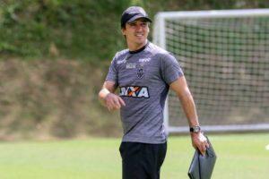 Depois de 212 jogos, Atlético busca, contra o Cruzeiro, alcançar marca atingida pela última vez pelo time de Levir Culpi