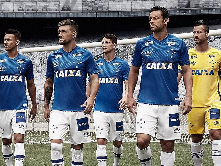 Cruzeiro usa redes sociais para divulgar uniforme que utilizará na temporada 2018