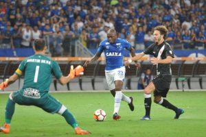 Cruzeiro decepciona, só empata com Vasco pela Libertadores e sai vaiado do Mineirão