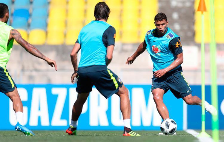 Thiago Silva será o capitão da Seleção Brasileira na partida contra a Costa Rica