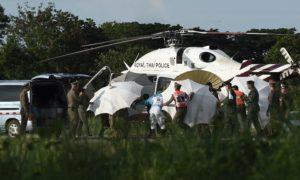 Meninos resgatados de caverna estão 'bem de saúde' e em quarentena