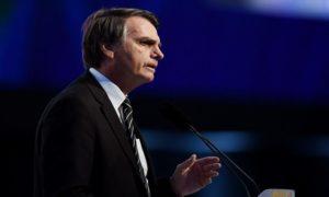 Bolsonaro rejeita avaliação de que esteja politicamente isolado