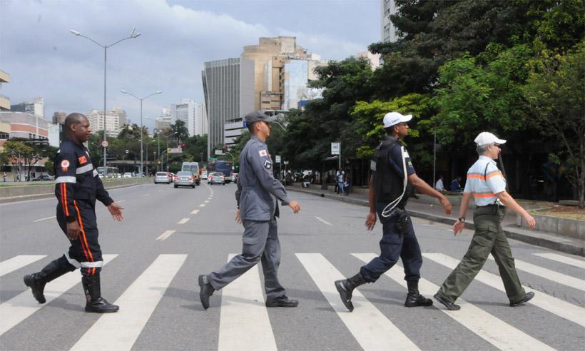 Bombeiros socorrem em média 6,3 atropelados a cada 24 horas em Minas