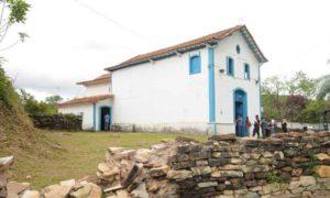 Igreja que resistiu ao desastre de Mariana é tombada