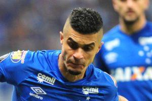 Egídio detona árbitro de Cruzeiro x Boca: 'Falou para mim: vocês são ruins, saíram da Copa'