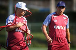 Quase um mês depois de título da Copa do Brasil, Cruzeiro reencontra Corinthians pelo Campeonato Brasileiro