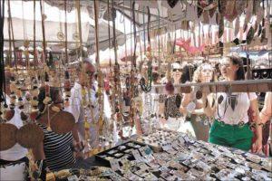 Brasileiro faz milagre para multiplicar os presentes de Natal