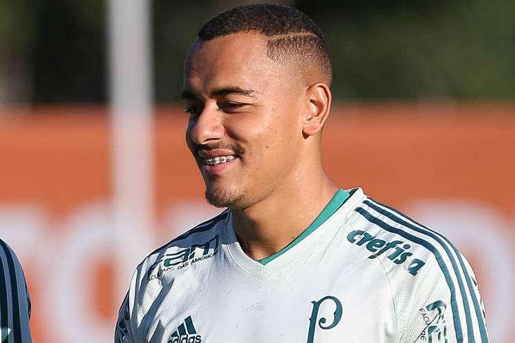 Papagaio passa por exames e fica próximo de ser anunciado pelo Atlético