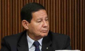 Mourão assina decreto ampliando sigilo ultrassecreto para cargos comissionados