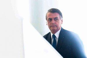Bolsonaro busca conter perdas na Petrobras após intervir na estatal
