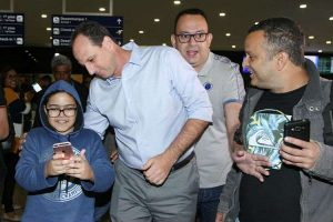 Rogério Ceni desembarca em Belo Horizonte com a missão de recuperar o futebol do Cruzeiro