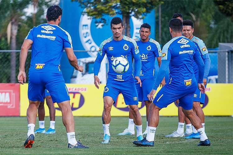 Cruzeiro busca vitória sobre o CSA para sair da zona de rebaixamento do Brasileiro