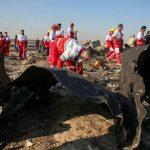 Avião que caiu no Irã pegou fogo no ar, diz investigação