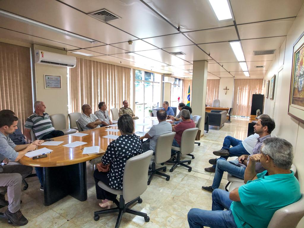 30-03-20 - Reuniao gabinete com PM, Acita e CDL